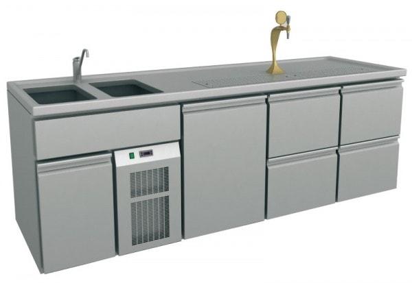 Ausschanktheke - 2545x700x900 mm - Umluftkühlung - 500 W - 1 Türen für Flaschen oder Fässer - 4 Schu